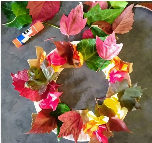 Glue the leaves to your wreath base